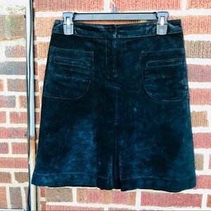 Lilly Pulitzer Black  Suede A-Line Knee Sk…